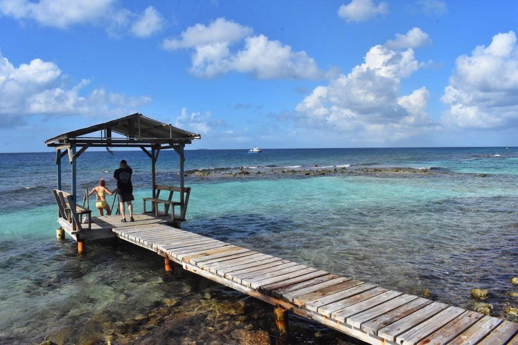 Aruba's beautiful beaches; top travel tips