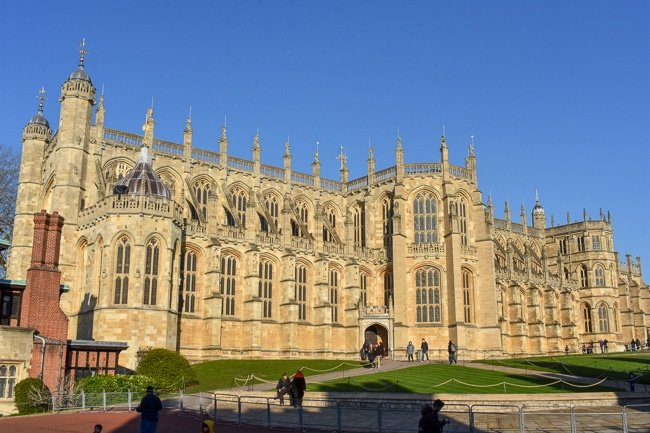 St. George's Chapel inside Windsor Castle, weekend itinerary and travel guide