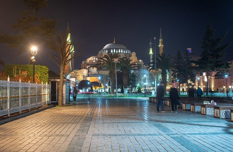 The Hagia Sophia is absolutely breathtaking at night.