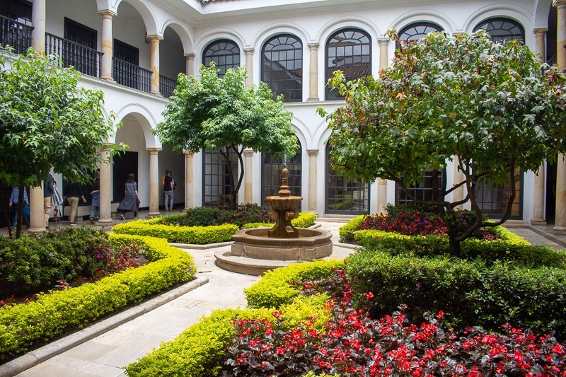 Inside the Botero Museum, you'll find this garden that looks like it belongs in a palace.