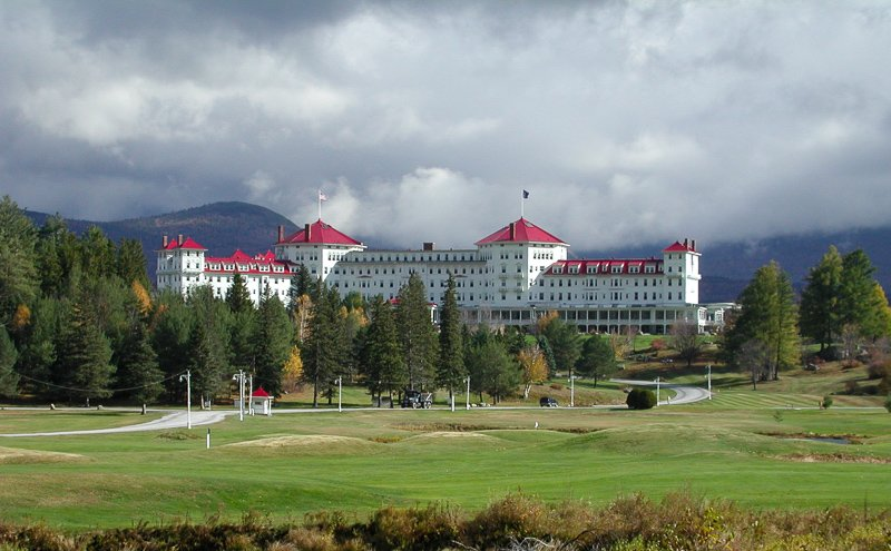 The Omni Mount Washington Resort is one of the best places in New England to spend a weekend getaway.