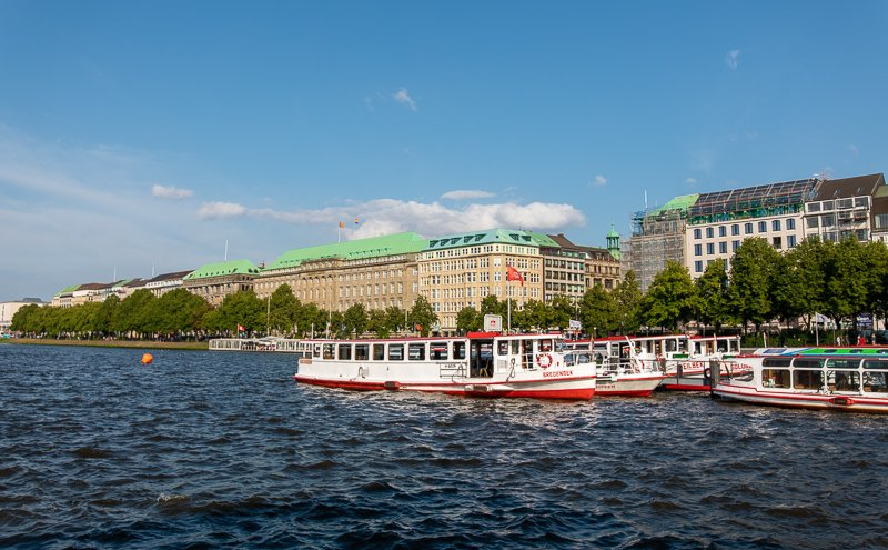 The Jungfernstieg on the Binnenalster lake is very scenic.
