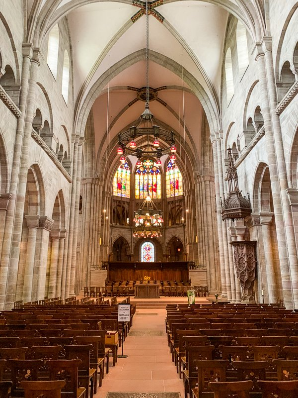 The interior of the Basler Münster.