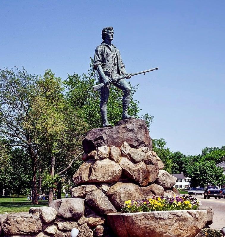 Lexington Minuteman Statue in the Battle Green