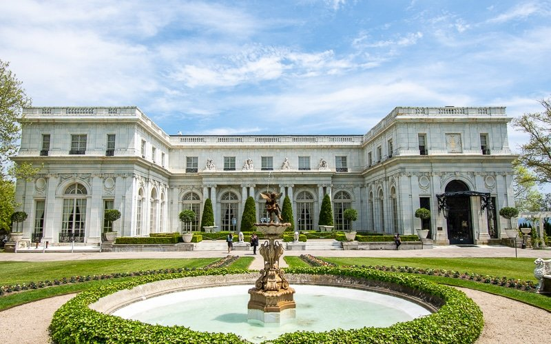 Built in 1898, Rosecliff is one of my favorite mansions in Newport.
