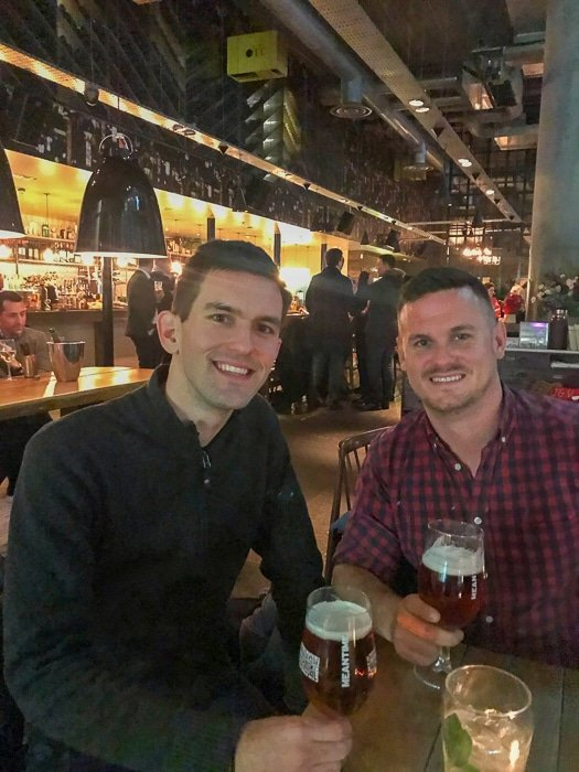 Met up with a fellow friend and travel blogger Dan (DanFlyingSolo) in London!