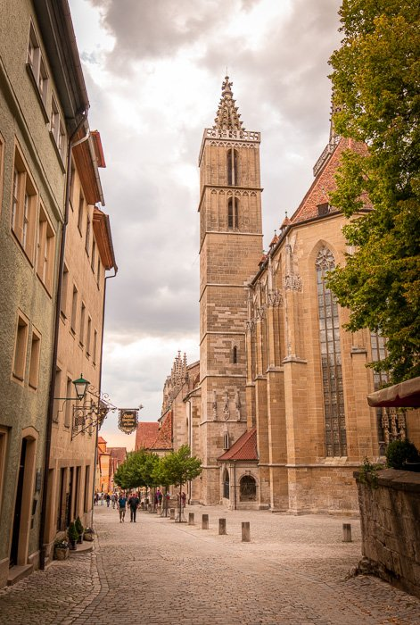 St. Jacob's Church in Rothenburg ob der Tauber was built between 1311-1484, taking 170 years to complete.