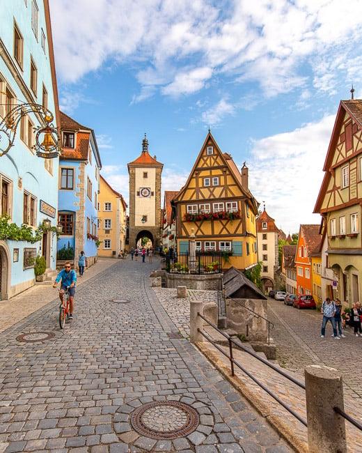 Das Plönlein is one of the best photo spots in Rothenburg ob der Tauber.
