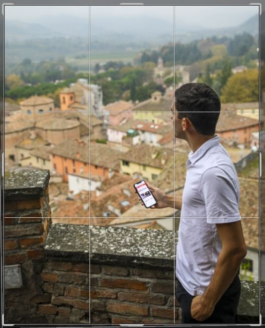 Rule of thirds photography tips in Brisighella, Italy.