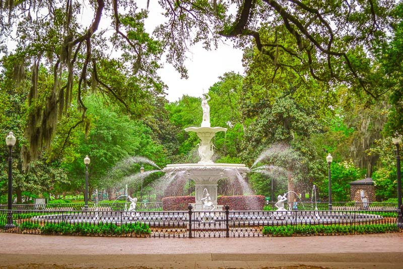 Forsyth Park is a must-see in Savannah's historic district. The water fountain in its center is one of the most iconic sights in the city.