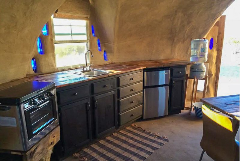 Looking for a unique Airbnb in the US? Look no further than this off-the-grid spot.