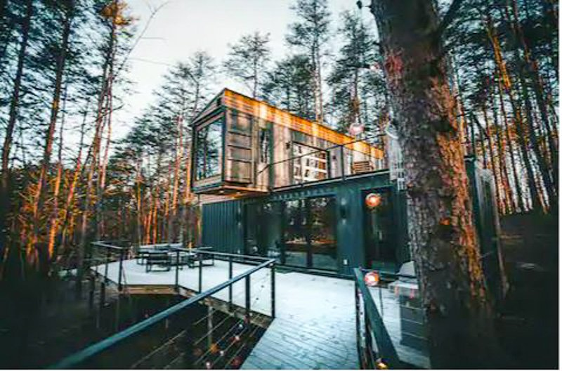 This box-looking cabin in Ohio is one of the best vacation rentals in the US.