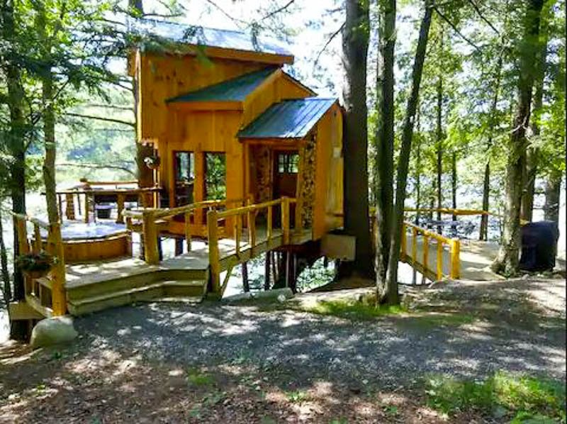 One of the best treehouses and Airbnbs in Vermont and New England.