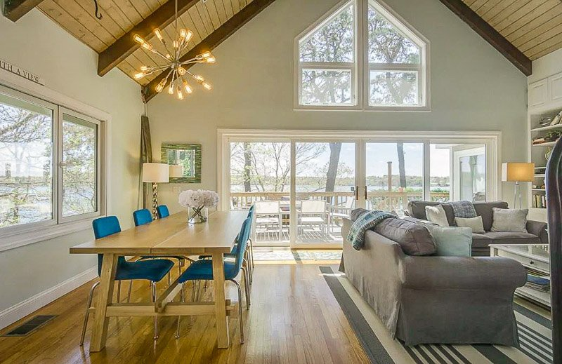 This home for rent on the Cape is among the best New England lake house rentals