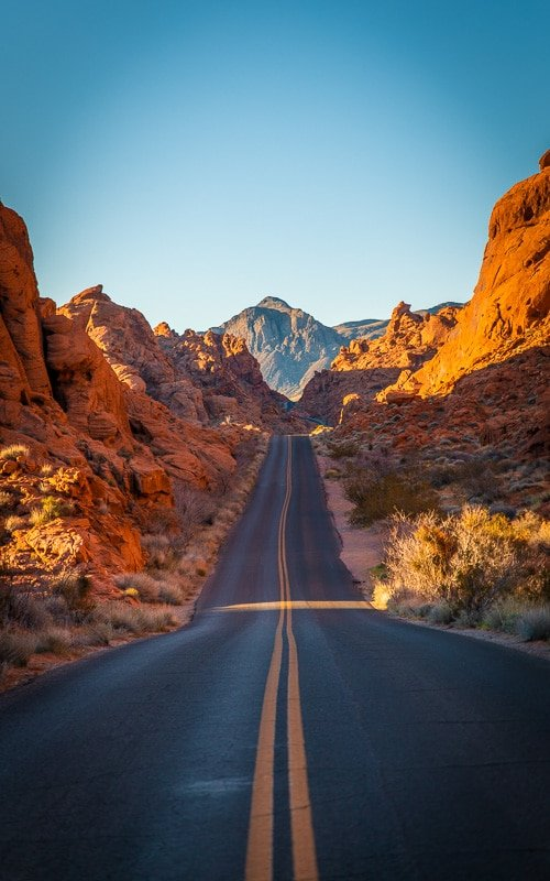 Valley of Fire State Park in Nevada is top among the cool places to visit in the US.