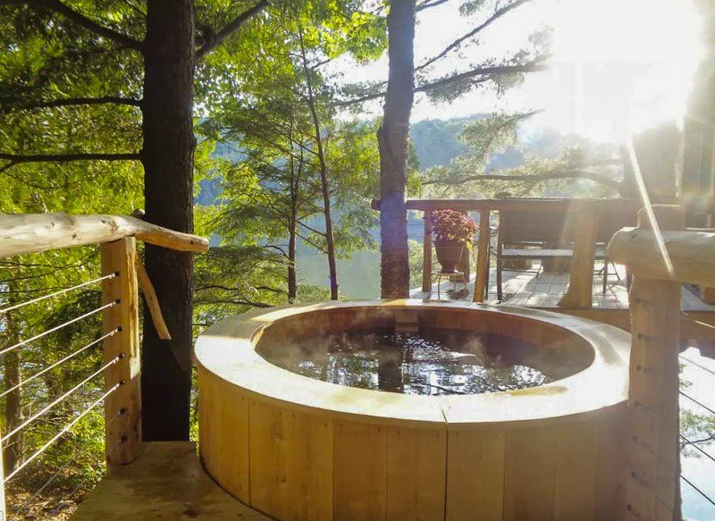 What better way to relax on vacation than a hot tub? This is one of the top treehouse rentals in New England