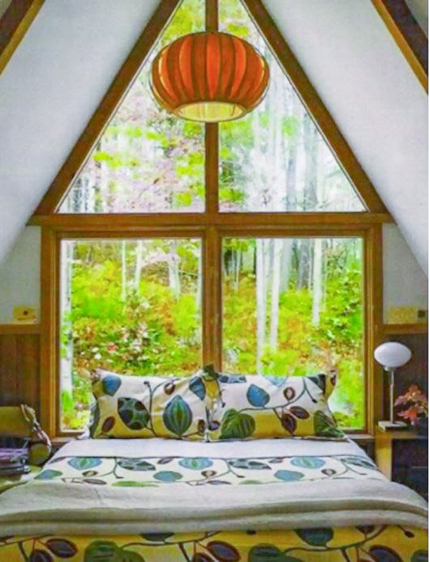 Cozy cabin vibes in this vacation rental.