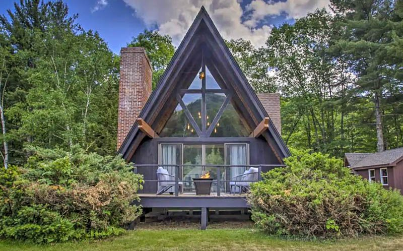 Saco river a-frame airbnb in the white mountains.
