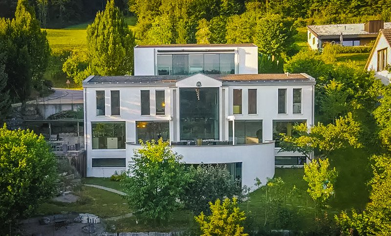 This is among the best luxury Airbnbs in Switzerland, particularly for large groups of family/friends.