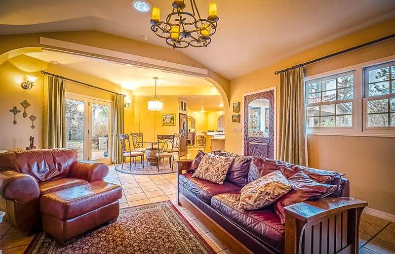 Elegant and extravagant interior designs inside a villa