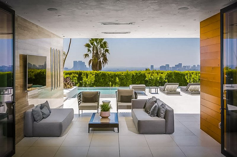 One of the best Airbnbs in Beverly Hills, California