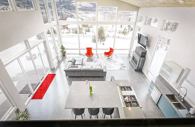 A modern and beautiful vacation rental in Colorado