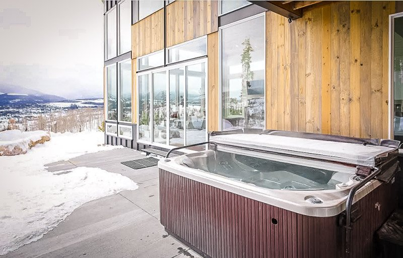 Outdoor seating area and hot tub