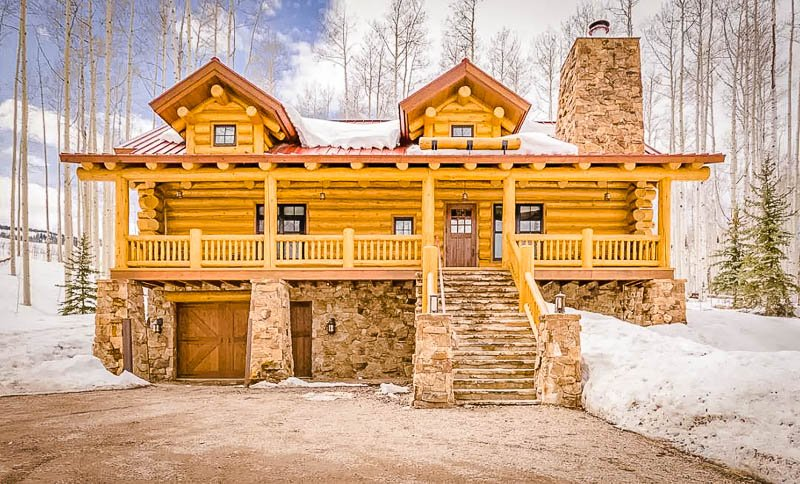 A unique lodge in the middle of Colorado's wilderness