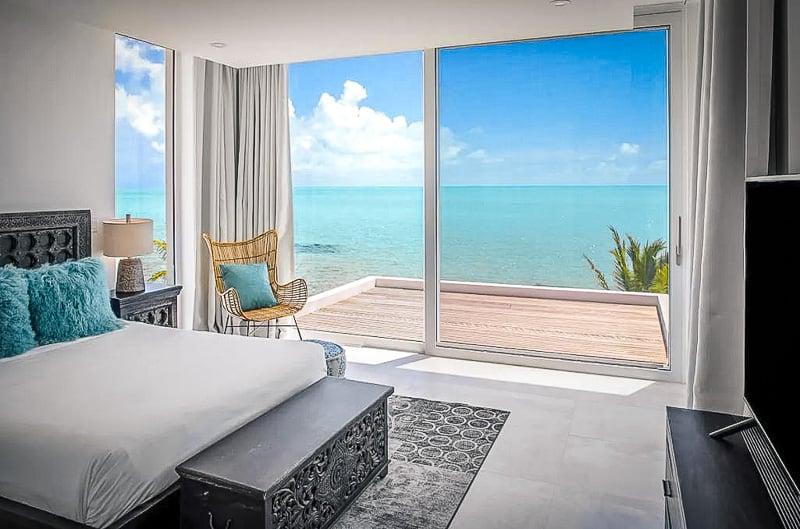 A vacation rental overlooking the ocean