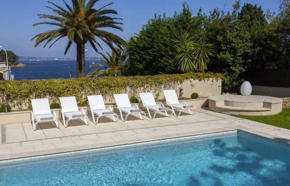 A top notch vacation rental in the southeastern coast of France.