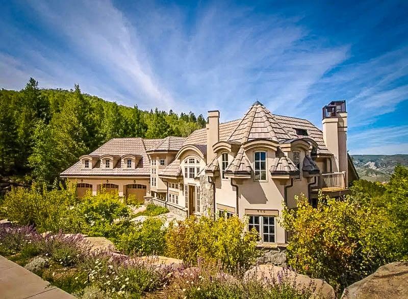 A beautiful estate in the heart of Colorado.