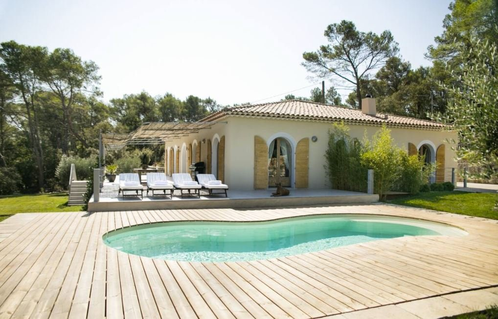 A top notch Airbnb vacation rental in the South of France