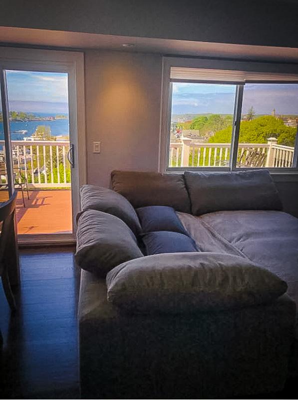 Beautiful Airbnb in Gloucester, MA