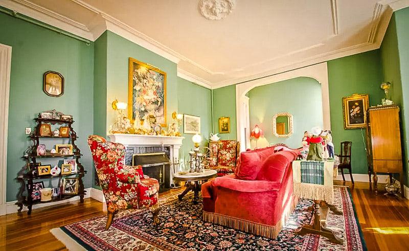Elegant and extravagant Newport mansion