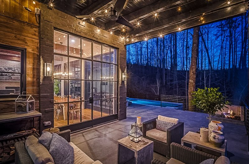 Luxurious vacation rental in Georgia.