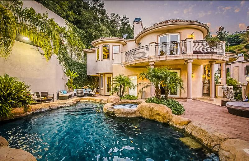 Lavish Mediterranean style home in Beverly Hills