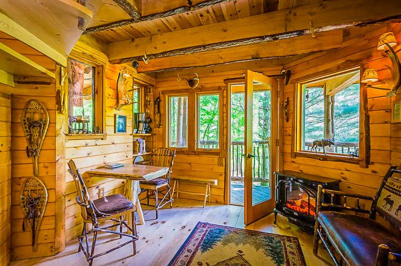 Moose Meadow Lodge treehouse Airbnb