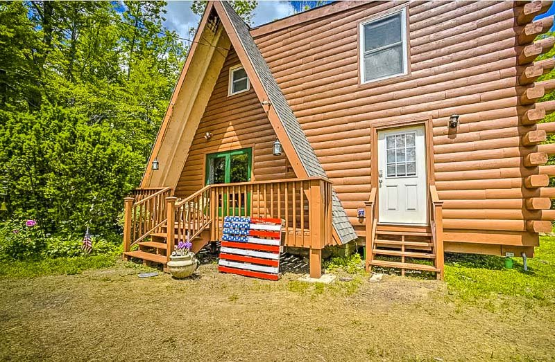 A top a-frame cabin Airbnb in Massachusetts.