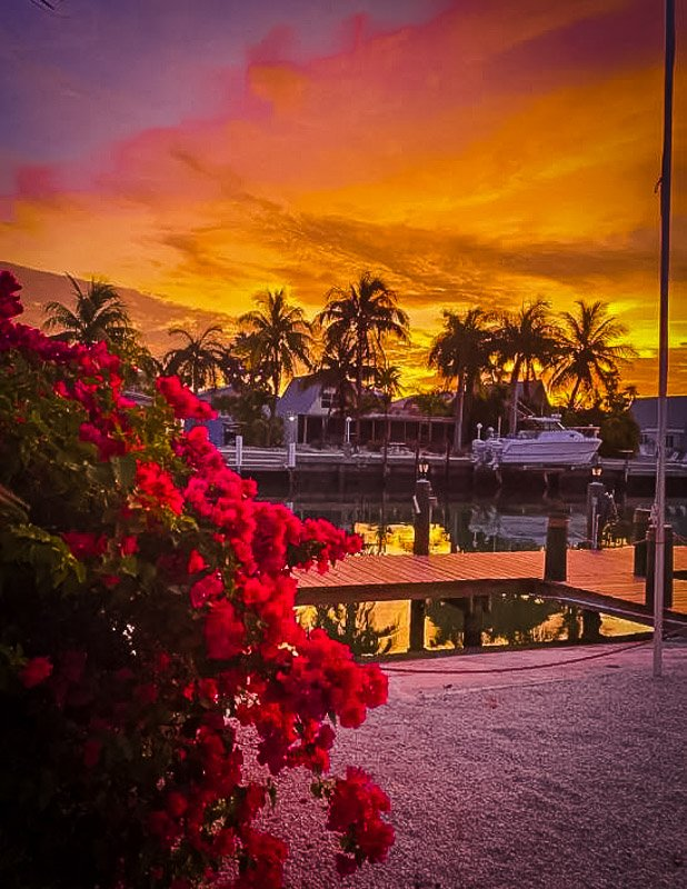 Beach bungalow with Cabana Club access sunset picture