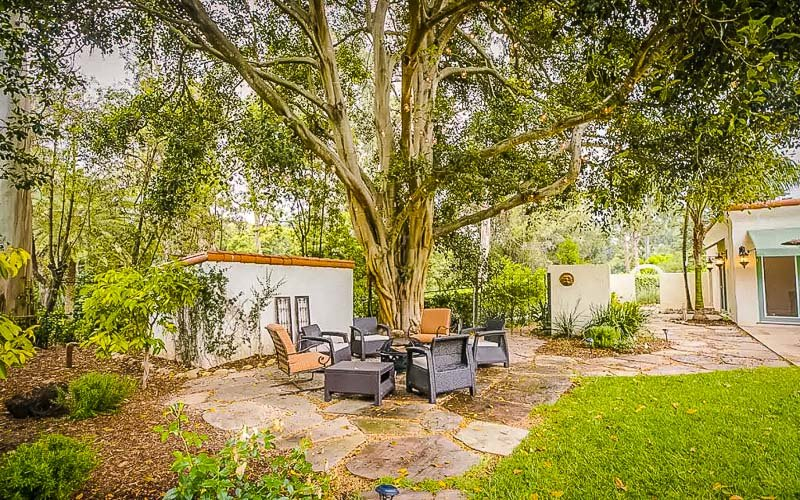 One of the best Airbnbs in California for large groups