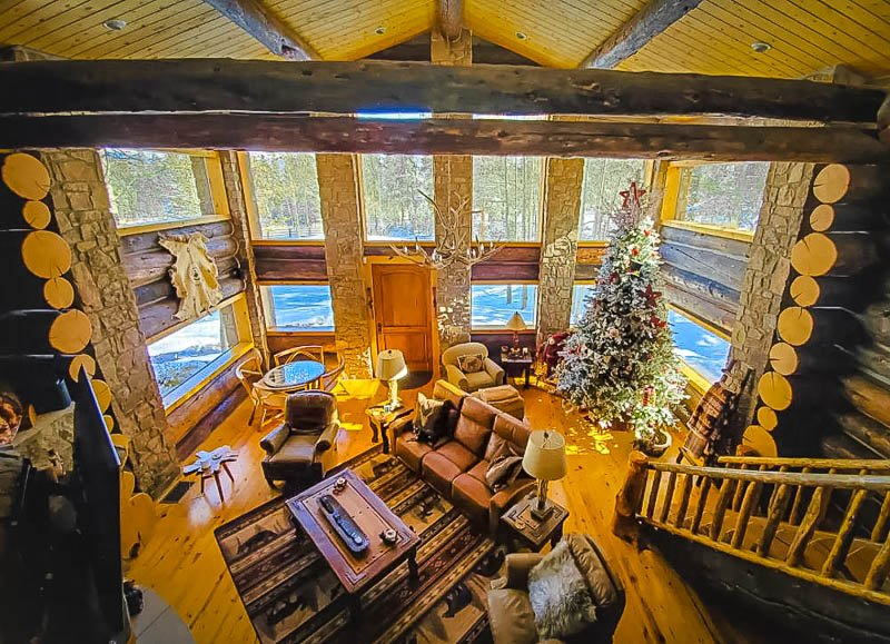 A log home like no other