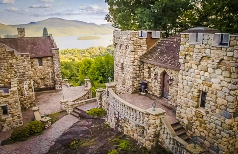 A magnificent castle that's now one of New York's most unique Airbnbs.