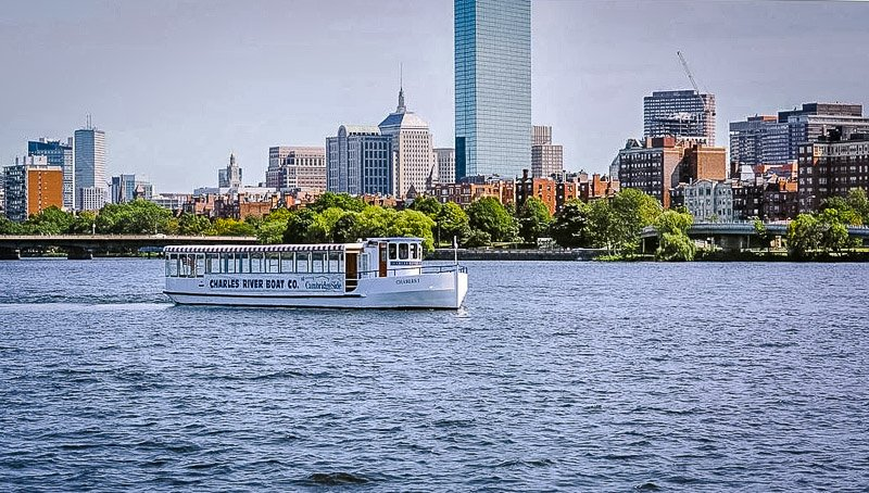 Taking a cruise on the Charles River is one of the top things to do in Cambridge, Massachusetts.