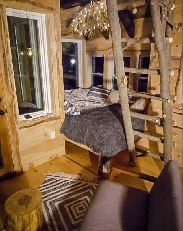 Unique treehouse Airbnb in Vermont