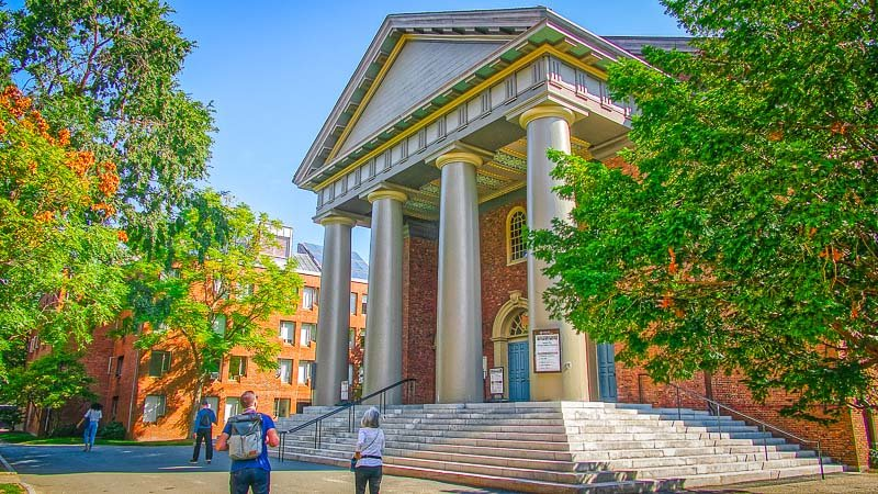 Visitors around the world are drawn to Harvard's campus, one of the most noteworthy sights in Cambridge.