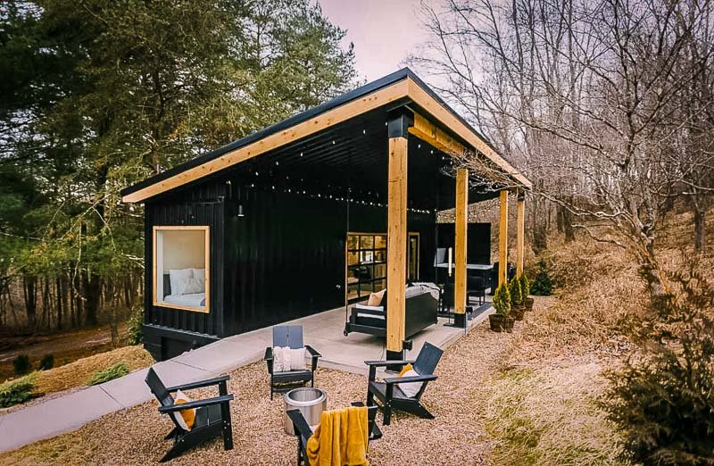Beautiful vacation rental in the forest