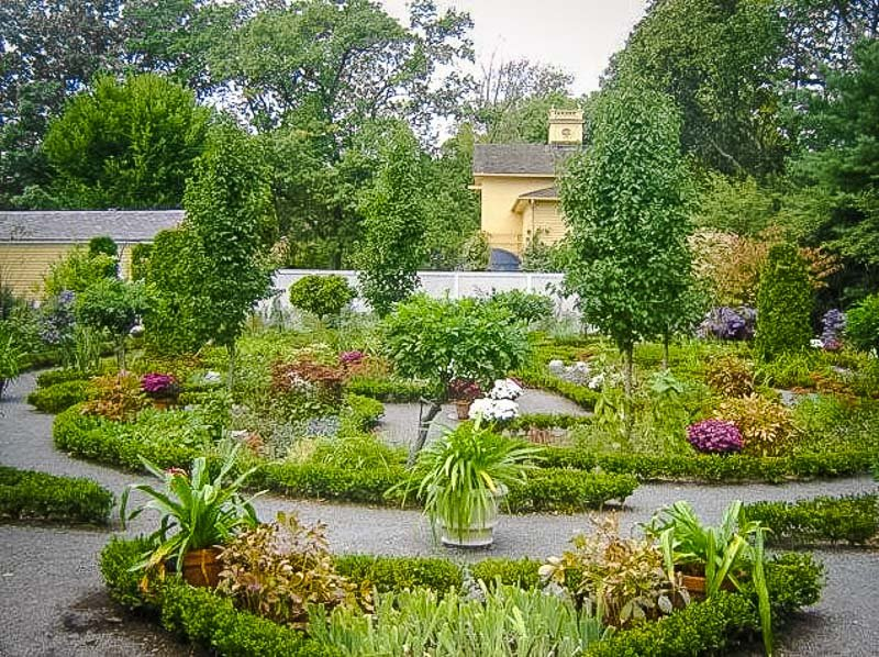The garden in the back of the Longfellow House provides a green oasis away from the hustle and bustle of Cambridge.