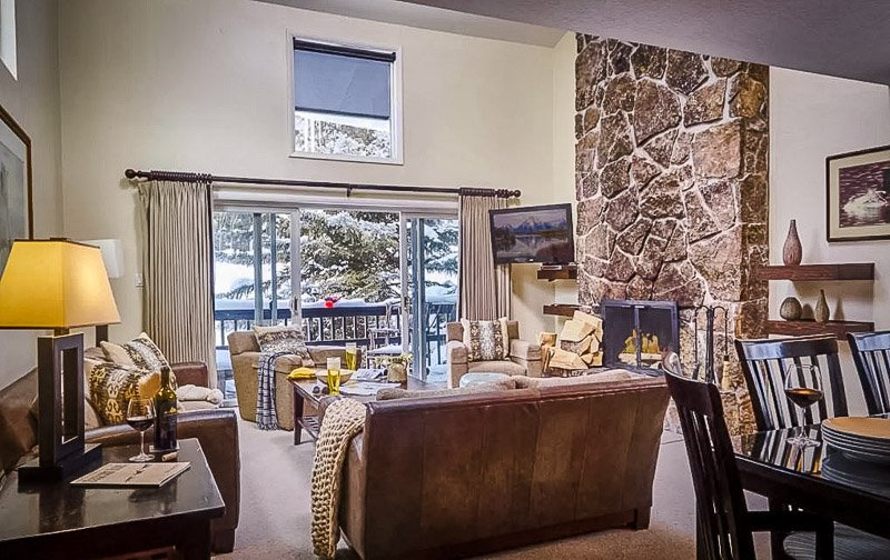 Luxury group lodging in Jackson Hole, Wyoming