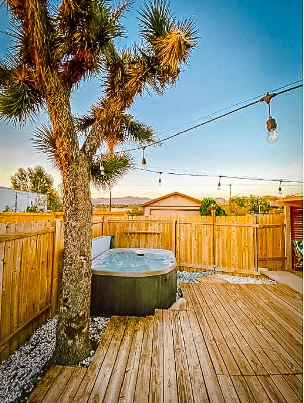 It doesn't get any better than this Airbnb in Yucca Valley, California.