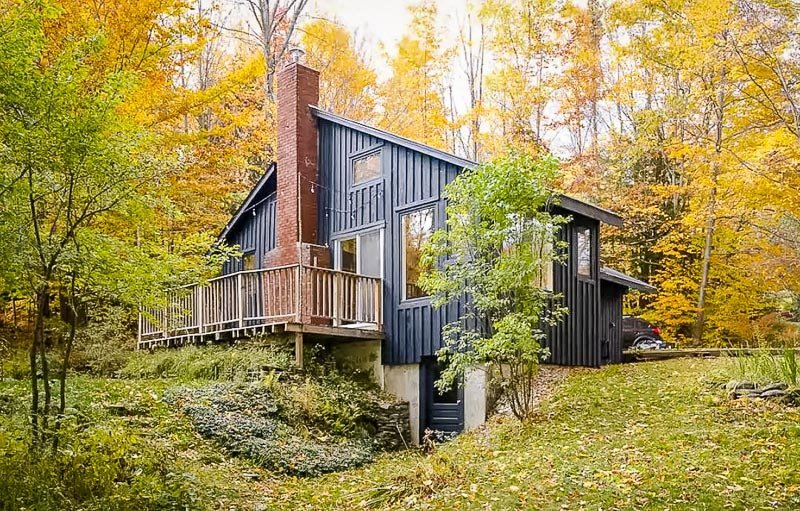 Modern forest home in VT
